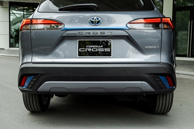 Toyota Corolla Cross giá từ 720 triệu, đấu Hyundai Tucson, Mazda CX-5 - 2