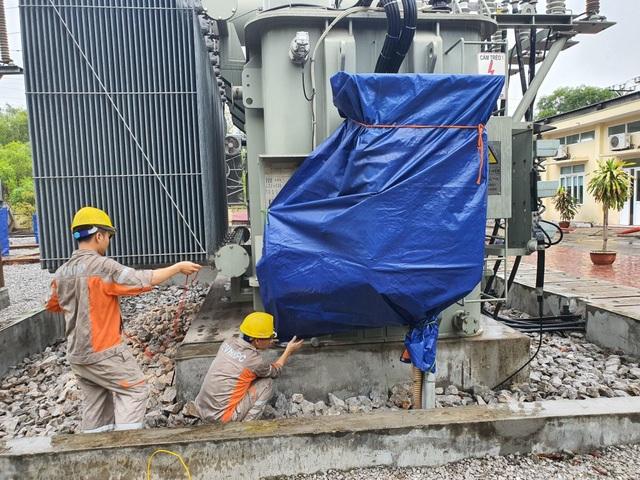 EVNNPC: Hướng dẫn sử dụng điện bằng nhiều biện pháp, đảm bảo an toàn cho các hộ dân - 2