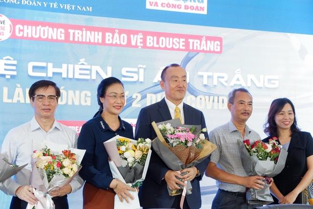 6% ca Covid-19 mới ở Việt Nam là nhân viên y tế, chuyên gia nói gì? - 1