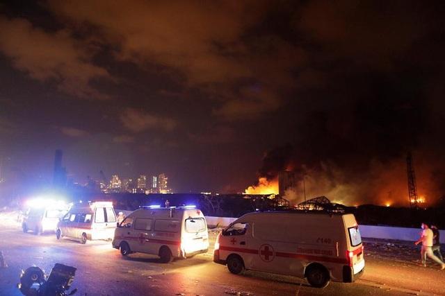 Thống đốc Beirut: Vụ nổ phá hủy một nửa thành phố - 3