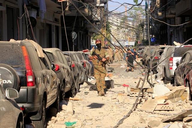 Li Băng trao quyền kiểm soát an ninh thủ đô cho quân đội sau vụ nổ - 1