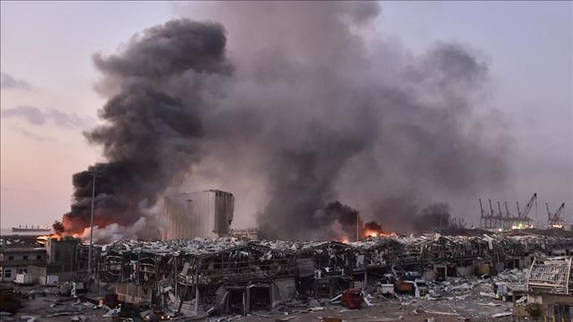 Thống đốc Beirut: Vụ nổ phá hủy một nửa thành phố - 1
