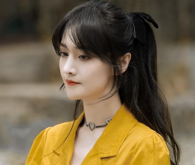"""Nhan sắc thật sự của """"nữ thần thanh xuân"""" Trịnh Sảng - 16"""