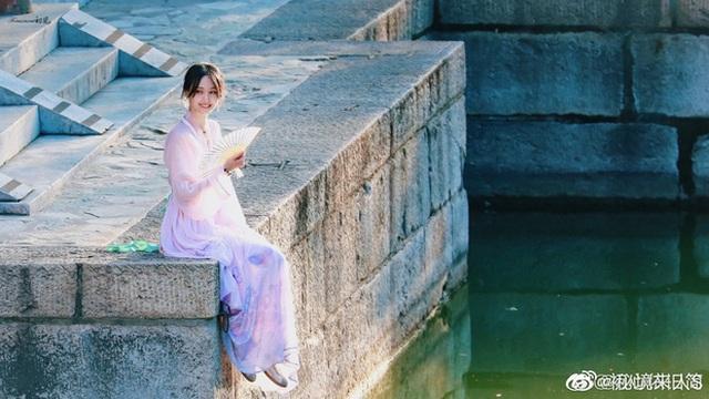 """Nhan sắc thật sự của """"nữ thần thanh xuân"""" Trịnh Sảng - 5"""