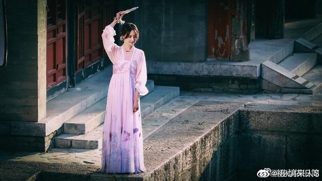 """Nhan sắc thật sự của """"nữ thần thanh xuân"""" Trịnh Sảng - 6"""