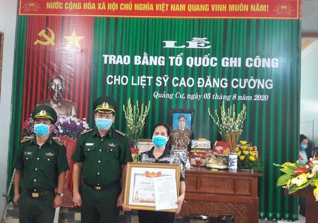 Thanh Hoá: Trao Bằng Tổ quốc ghi công tới gia đình Thượng tá Cao Đăng Cường - 4