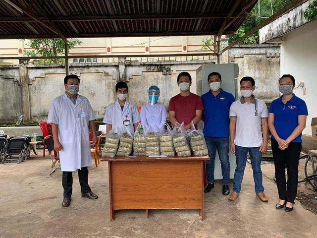 Đắk Lắk: Thầy giáo gói cả trăm chiếc bánh chưng gửi vào khu cách ly - 8