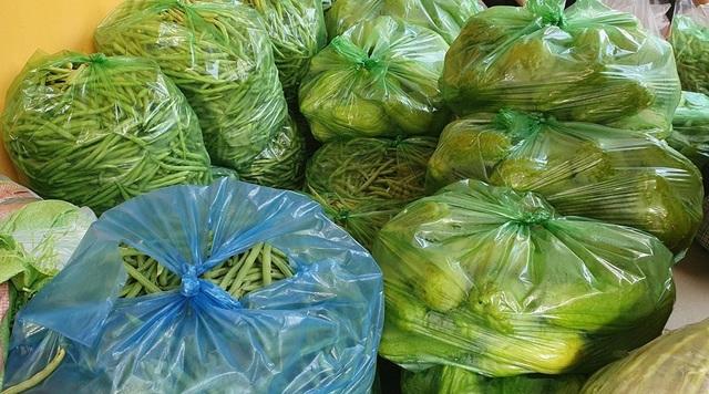 Hội An: Đi từng ngõ, gõ từng nhà, trao thực phẩm đến hộ dân cách ly - 3