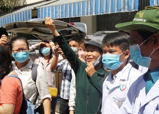 """Những chiến sĩ áo blouse trắng chia lửa"""" giúp Đà Nẵng chống dịch Covid-19 - 8"""