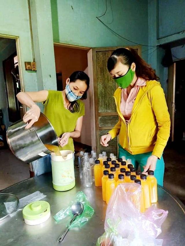 Hội An: Đi từng ngõ, gõ từng nhà, trao thực phẩm đến hộ dân cách ly - 7