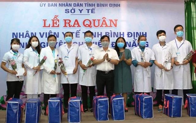 """Những chiến sĩ áo blouse trắng chia lửa"""" giúp Đà Nẵng chống dịch Covid-19 - 4"""