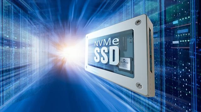 Bộ điều khiển NVMe™ SSD cấp độ doanh nghiệp của Microchip - 2