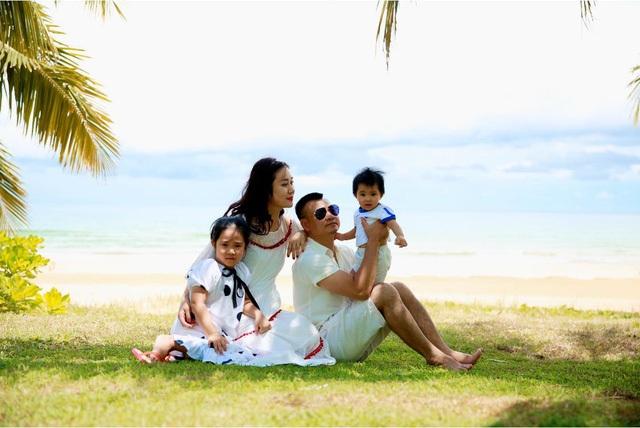 Gia đình hạnh phúc của NSND Tự Long - 11