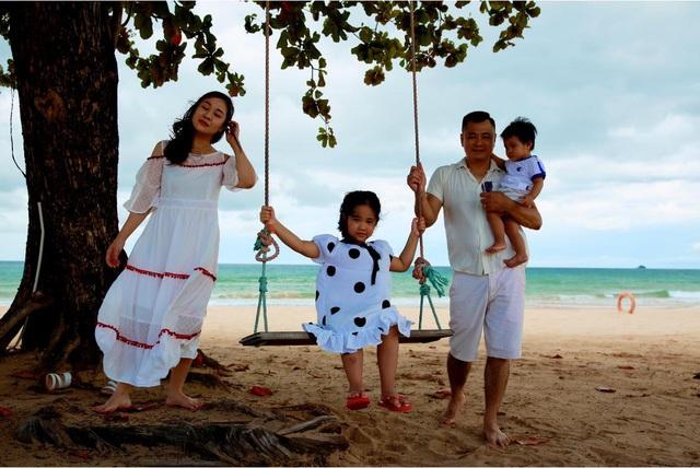 Gia đình hạnh phúc của NSND Tự Long - 7