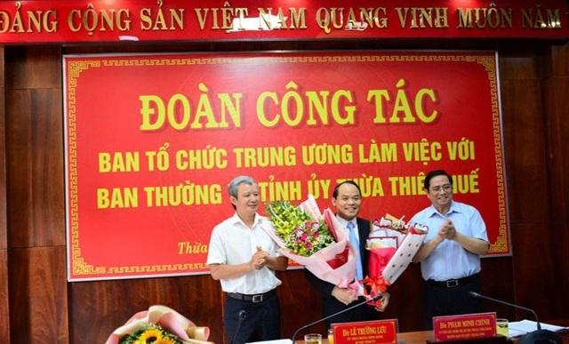 Đại tá Nguyễn Quốc Đoàn làm Phó Bí thư Tỉnh ủy Thừa Thiên - Huế - 1