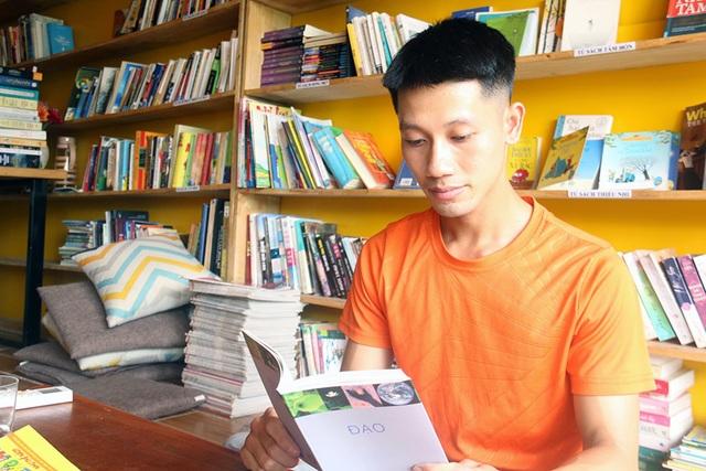 9X cãi lời mẹ, mượn tiền xây dựng thư viện sách miễn phí - 1