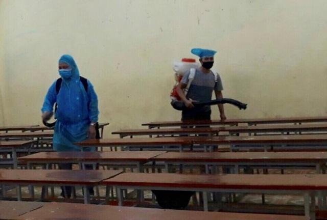 Thanh Hóa: Hơn 850 giáo viên, nhân viên, học sinh liên quan đến vùng dịch - 1