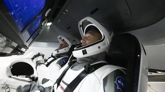Nhìn lại quá trình chinh phục vũ trụ của SpaceX (Phần 2) - 9