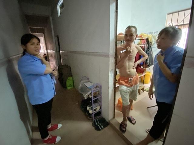 """Gần 300 triệu lao động tại Trung Quốc thất nghiệp trong """"cơn bão kép"""" - 2"""