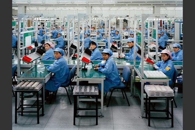 """Gần 300 triệu lao động tại Trung Quốc thất nghiệp trong """"cơn bão kép"""" - 3"""