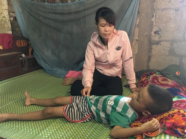 Thương người mẹ nghèo nỗ lực chăm chồng con bệnh tật trong cảnh cơ hàn - 5