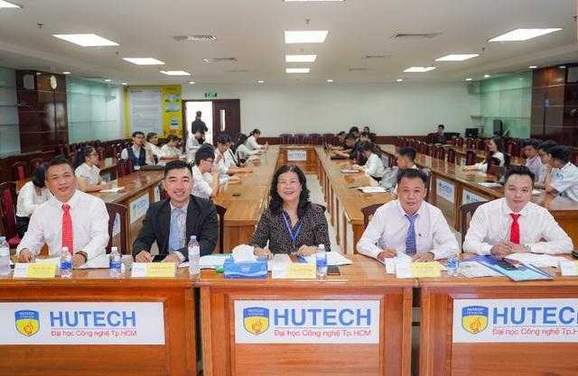 Nhiều ý tưởng khởi nghiệp của sinh viên HUTECH được doanh nghiệp đánh giá cao - 2
