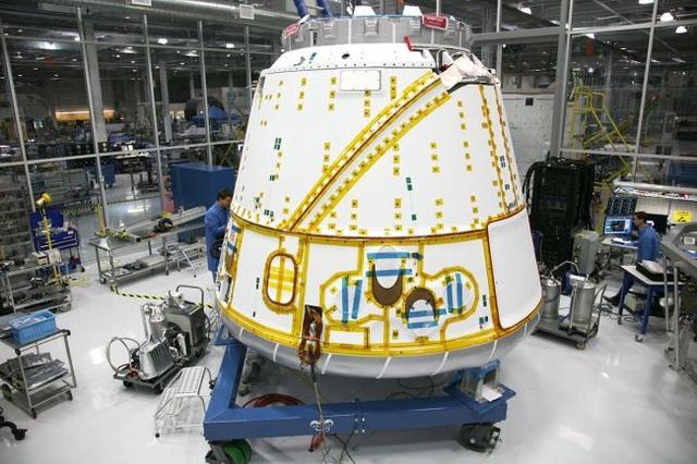 Nhìn lại quá trình chinh phục vũ trụ của SpaceX - 4