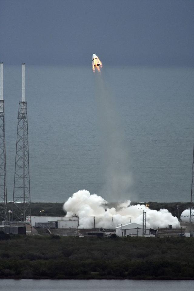 Nhìn lại quá trình chinh phục vũ trụ của SpaceX (Phần 2) - 4