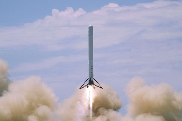 Nhìn lại quá trình chinh phục vũ trụ của SpaceX - 7