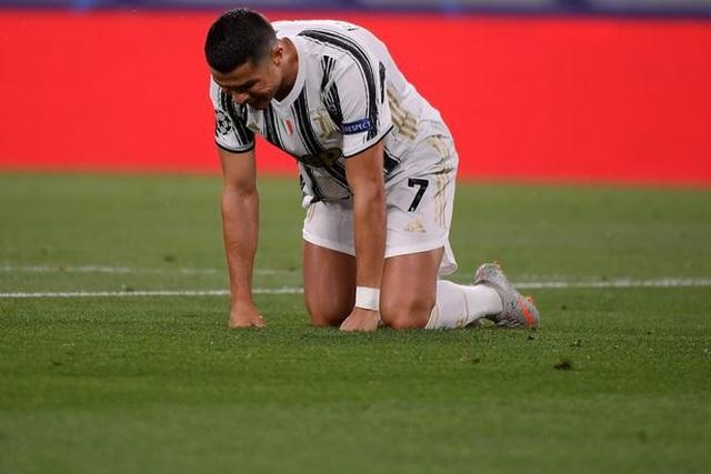 """C.Ronaldo và bi kịch của người """"gồng gánh"""" - 1"""