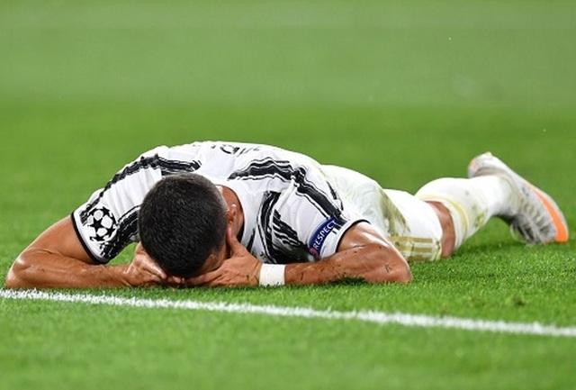 C.Ronaldo lập cú đúp, Juventus vẫn ngậm ngùi chia tay Champions League - 7