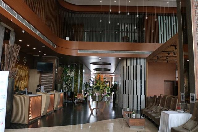 Giá khách sạn 5 sao rẻ bèo, người dân TPHCM rủ nhau vào ở để trải nghiệm - 5