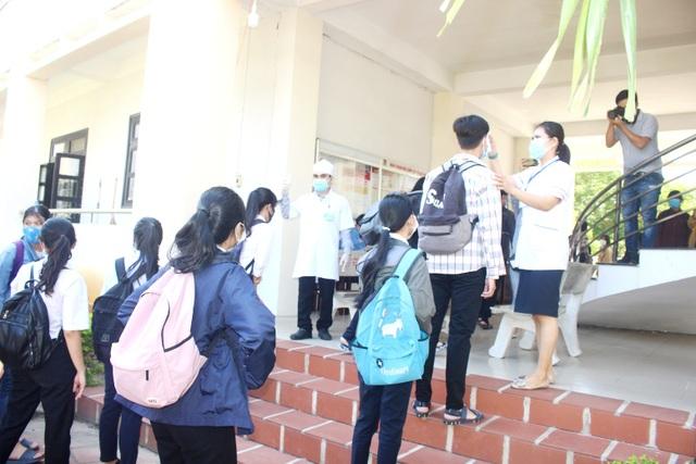 Quảng Nam tổ chức thi tốt nghiệp ra sao ở những địa phương chưa có dịch? - 4