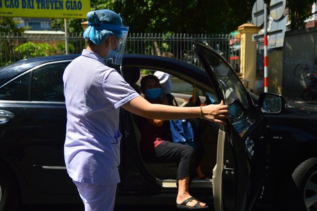 Ngày đầu Bệnh viện C Đà Nẵng mở cửa tiếp nhận bệnh nhân sau phong tỏa - 6
