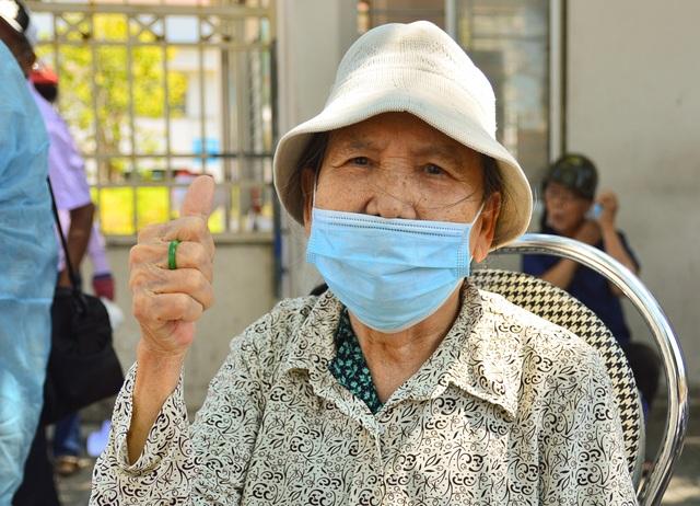 Ngày đầu Bệnh viện C Đà Nẵng mở cửa tiếp nhận bệnh nhân sau phong tỏa - 9