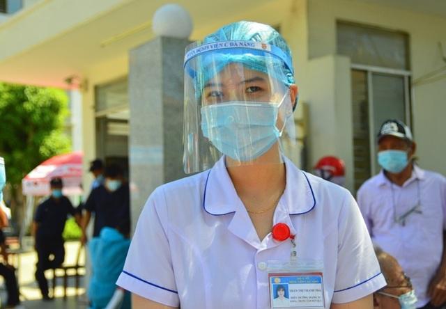 Ngày đầu Bệnh viện C Đà Nẵng mở cửa tiếp nhận bệnh nhân sau phong tỏa - 10