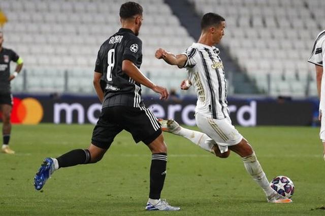 C.Ronaldo lập cú đúp, Juventus vẫn ngậm ngùi chia tay Champions League - 5