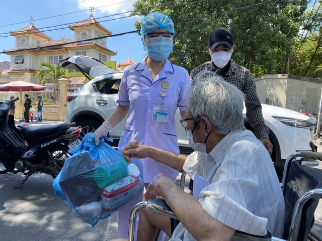 Tâm thư xúc động của GĐ bệnh viện C Đà Nẵng khi hết lệnh phong tỏa - 3