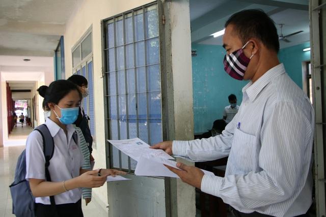 Quảng Ngãi: Có 388 thí sinh dự thi tốt nghiệp THPT đợt 2 - 1