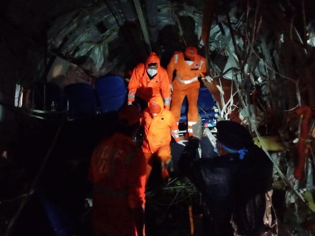 Máy bay chở 190 người vỡ đôi ở Ấn Độ: 18 người chết khi về nước tránh dịch - 8