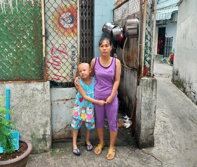Xót thương bé gái xinh xắn 6 năm trời lấy viện làm nhà vì bệnh hiểm nghèo - 2