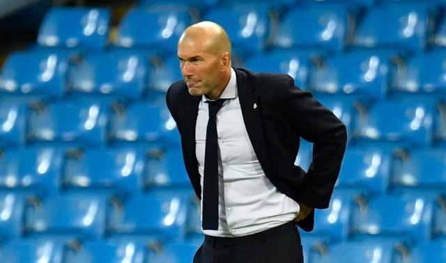 HLV Zidane nói gì sau khi Real Madrid bị loại ở Champions League? - 1