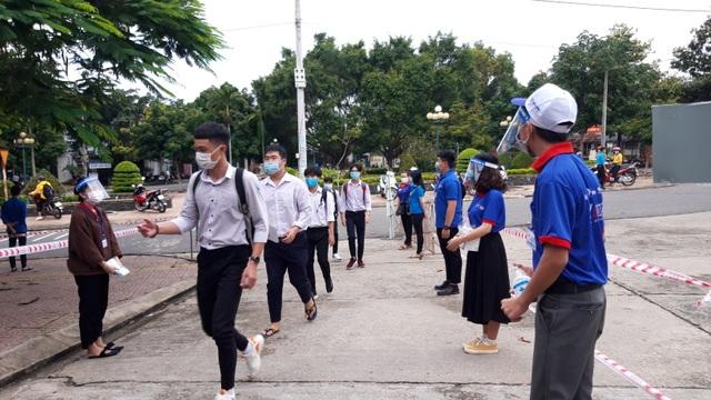 867.000 thí sinh dự thi môn Ngữ Văn kỳ thi tốt nghiệp THPT 2020 - 35