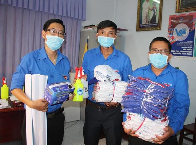 Tuổi trẻ xứ Công tử Bạc Liêu hết mình tiếp sức sĩ tử thi tốt nghiệp THPT - 7