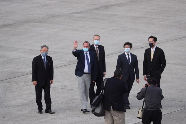 Bộ trưởng Mỹ thăm Đài Loan bất chấp Trung Quốc phản đối - 1