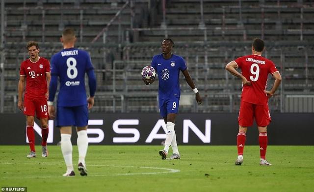 Thua thảm Bayern Munich, Chelsea xác lập cột mốc buồn - 1
