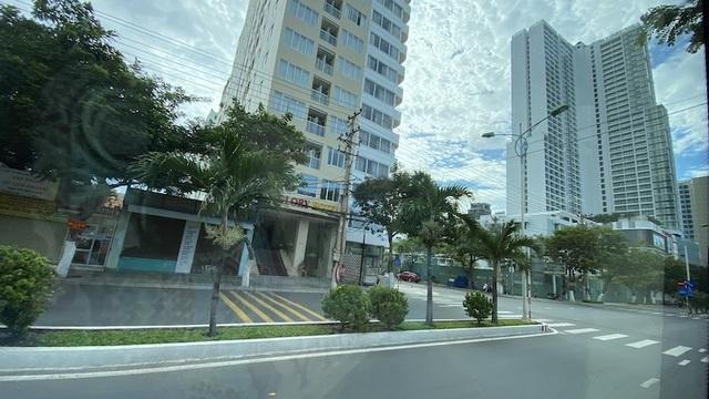 Dịch COVID-19 khiến Nha Trang đìu hiu, hàng loạt khách sạn đóng cửa - 10