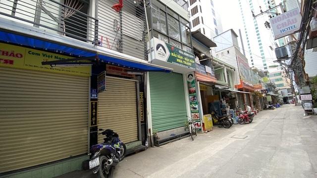 Dịch COVID-19 khiến Nha Trang đìu hiu, hàng loạt khách sạn đóng cửa - 12