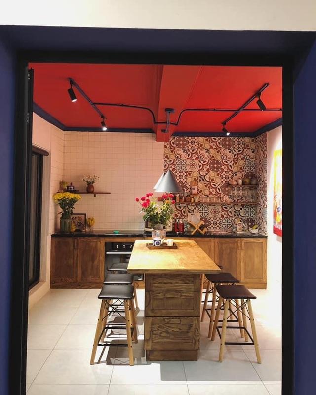 """Ngôi nhà hình hộp thư """"xanh vỏ đỏ lòng"""" đậm kiến trúc Việt xưa ở Hà Nội - 6"""