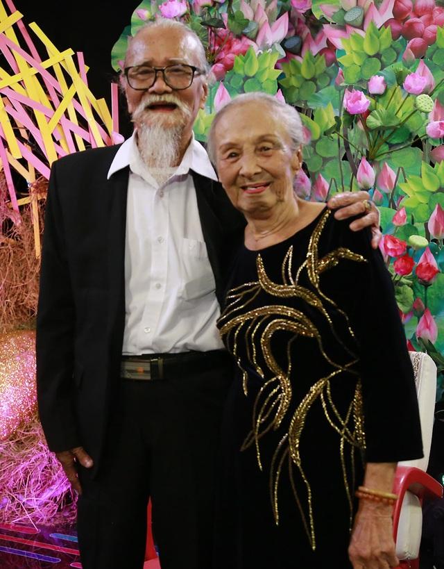 Chuyện tình 61 năm vẫn ngọt ngào của nghệ sĩ Hữu Thành và vợ - 6